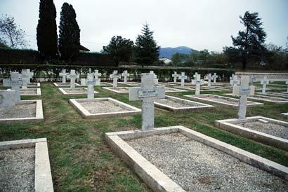 Photographie du cimetière militaire français de Venafro